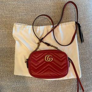 Red Gucci side purse